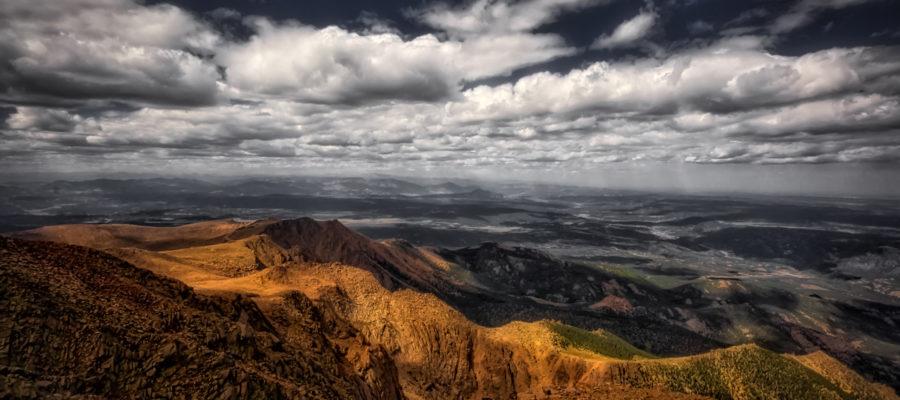 View from Pikes Peak - Copyright: samevig @ fotolia.com