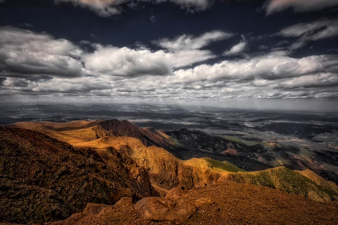 View from Pikes Peak - Copyright: samevig @ fotolia.com