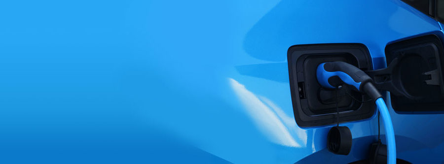 Elektroauto wird aufgeladen - Copyright Bild elektronik-zeit @ fotolia.com
