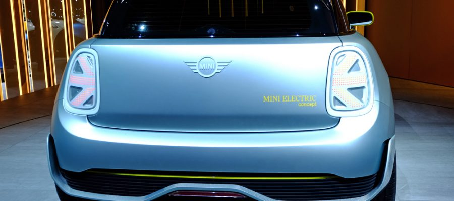 MINI Electric Concept - Copyright green car magazine