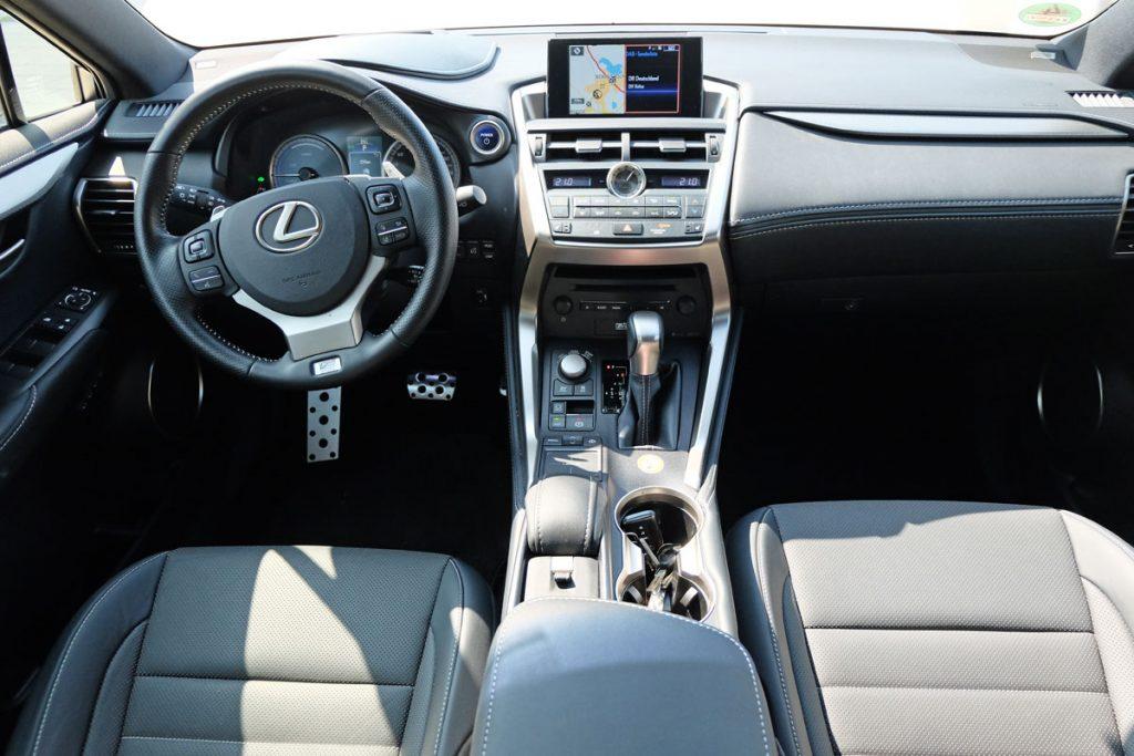 Lexus NX 300h F-Sport