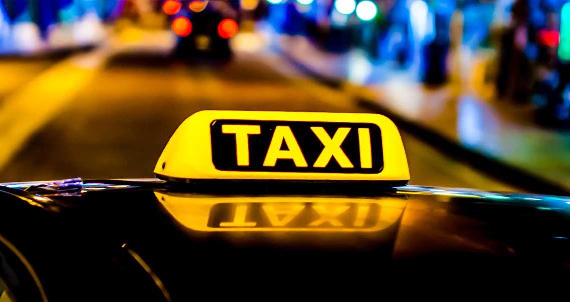 Sinnbild Taxi - Copyright ©orelphoto - stock.adobe.com