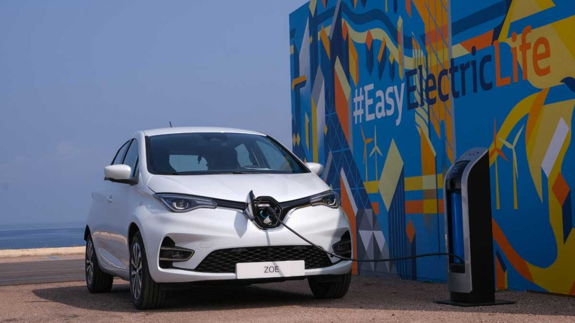 Renault Zoe mit CCS-System - Copyright Renault