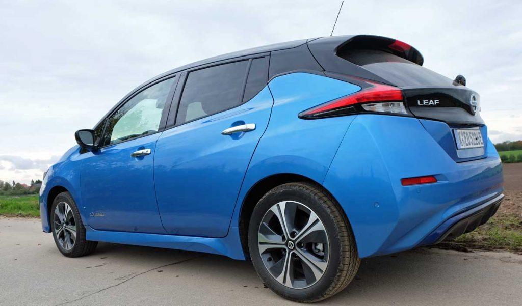 Heckansicht Nissan Leaf