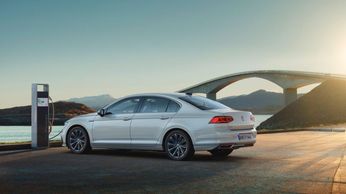 Passat-GTE-2020 - Copyright Volkswagen