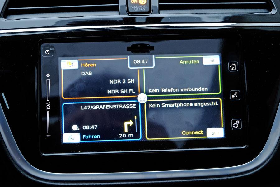 Suzuki SX4-S-Cross  - Infotainment-Display